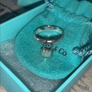 Auth tiffany&co lock charm ring sz 6
